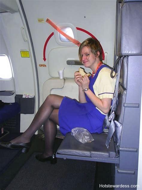 ryan air stewardesses hot stewardess