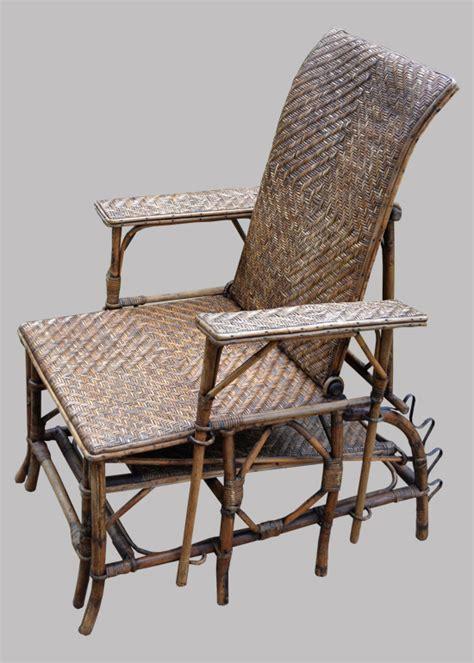 chaise longue rotin ancienne chaise longue ancienne en rotin avec repose pieds
