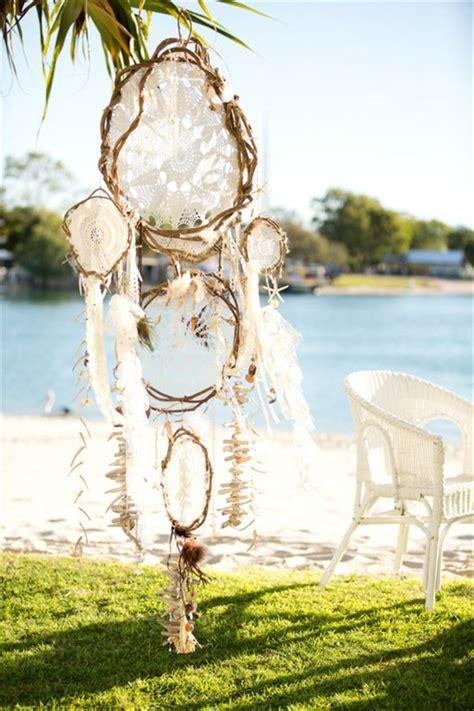 dreamcatchers boho wedding decor ideas deer pearl flowers