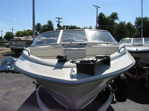 Boat Store Hutchinson Ks by 2000 Bayliner 1954 Fish N Ski Hutchinson Ks Stock