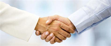 Business handshake - Piedmont Avenue Consulting, Inc.
