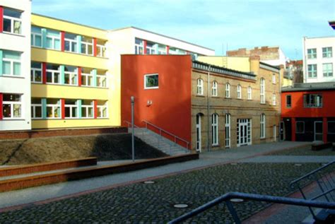 Fenster Und Tuerenumbau Und Erweiterung Der Hunsrueck Grundschule In Berlin Kreuzberg umbau und erweiterung der hunsr 252 ck grundschule in berlin