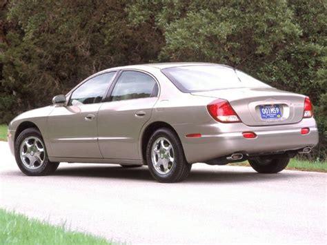 2003 Oldsmobile Aurora Reviews, Specs and Prices | Cars.com
