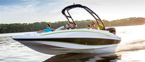 Boat Brands Starting With B by Deck Boats Buyers Guide Discover Boating