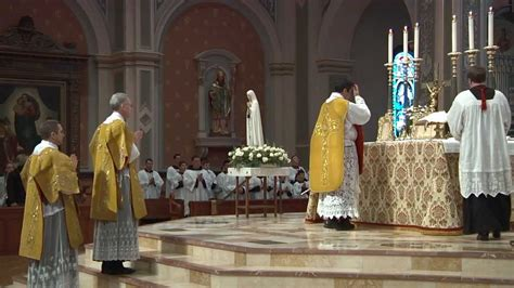 solemn high traditional latin mass cathedral