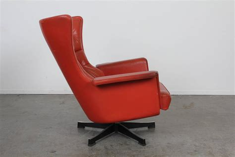 mid century modern leather swivel chair at 1stdibs