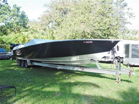 Midnight Express Powerboats Inc by 2005 Midnight Express Sports Deck Powerboat For Sale In