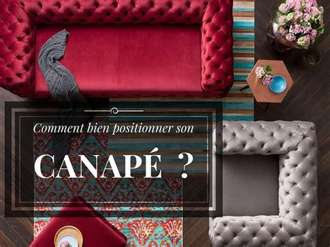 sur le canapé ou dans le canapé comment bien positionner canapé kare click