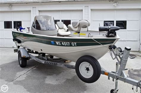 Used Boat For Sale Milwaukee by 2004 Used Crestliner 1600 Angler Bass Boat For Sale