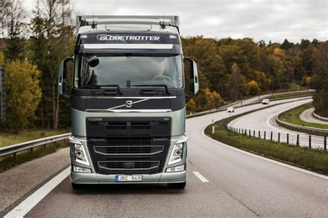 volvo group trucks technology volvo group reports 8 increase in truck deliveries in