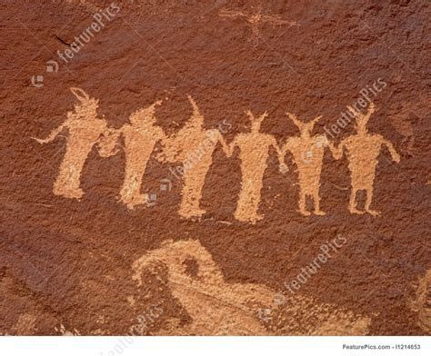 picture  indian petroglyphs