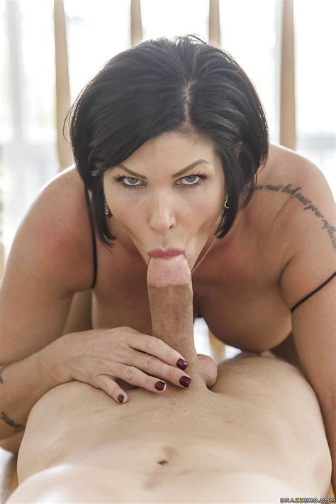 sexy milf Shay Fox Oils Up Her Fat Ass For Intense Anal sex Action