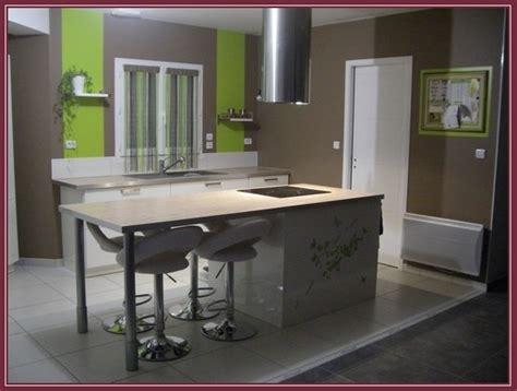 cuisine peinte en vert decoration cuisine peinture peindre votre cuisine ou