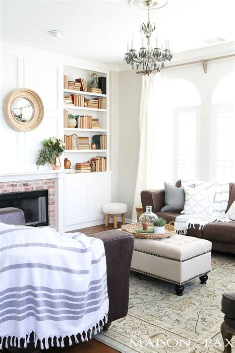 living room decor 17 best ideas about agreeable gray on sherwin