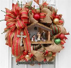 Lighted Nativity Scene Christmas Wreath