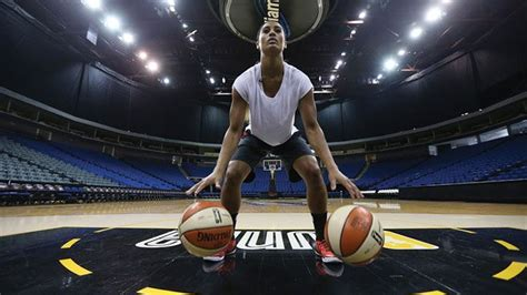 Best Images About Skylar Diggins On Pinterest Fighting Irish Women S Basketball And Nike