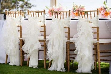 Chair Slip Covers For Weddings by 12 White Wedding Decoration Ideas To Brighten Your Big Day