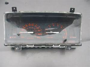 Mazda B2200 B2600 B2000 Used Instrument Cluster With Tack