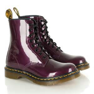 womens purple boots size 11 dr martens tonga purple boots