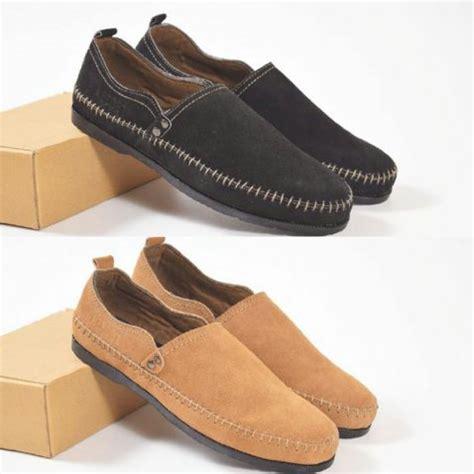 Jual Sepatu Santai Pria jual sepatu santai sepatu azcost slop pria kulit suede di