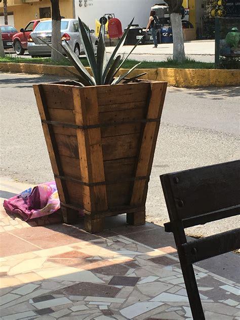 macetas de madera estilo rusticas macetas de madera