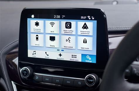 ford sync 3 navigation ford sync 3 infotainment review lessons in function form gearbrain