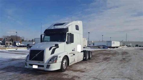 2011 volvo semi truck volvo vnl 2011 sleeper semi trucks