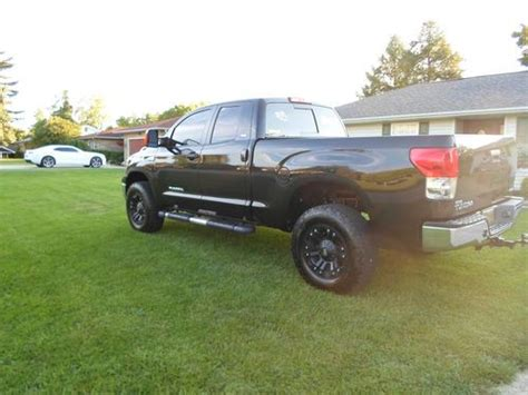 find   toyota tundra sr extended crew cab pickup