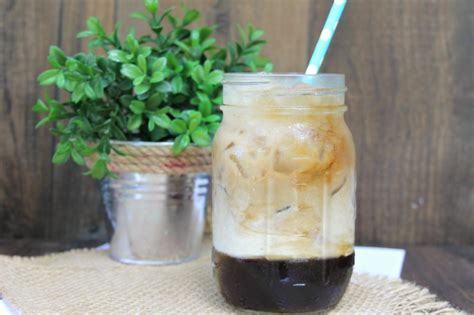 An easy coffee flavored cocktail with a fun twist! How to Make Easy White Russian Coffee - Busy Being Jennifer