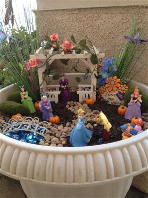 lindy s disney fairy gardens