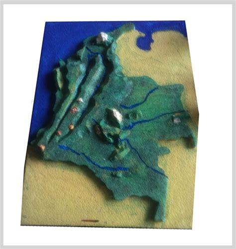 imagenes de relieve con material reciclable cordilleras de