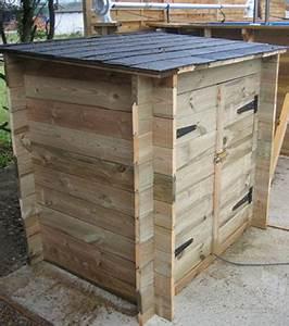 local technique en bois revetements modernes du toit With local technique piscine bois