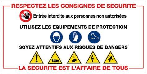 des bureaux en bois panneau consignes de sécurité sur les chantiers direct