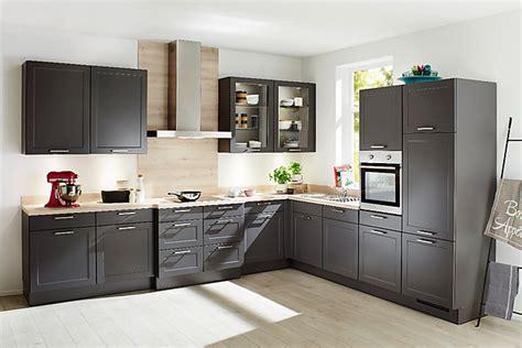 Nobiliamusterküche Lküche Mit Vorgezogener Kochlösung