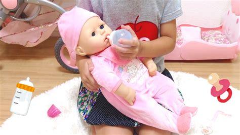 リアルおせわ! ねそうで寝ない 赤ちゃん人形 / Baby Annabell Doll Version 9