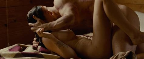 elizabeth olsen nude and sexy 40 photos the fappening