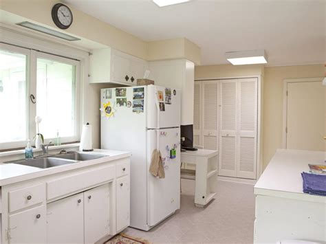 small kitchen decorating ideas small kitchen decorating ideas pictures tips from hgtv