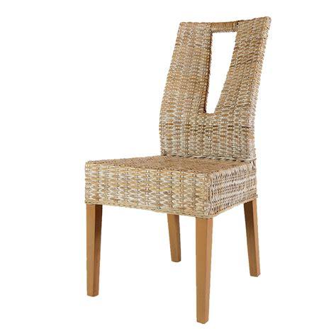 chaise en rotin de salon chaise design blanche chaise en