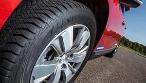 Pneu 4 Saisons Goodyear : vector 4seasons gen 2 le nouveau pneu goodyear toutes saisons nouveaux pneus l 39 actualit ~ Medecine-chirurgie-esthetiques.com Avis de Voitures
