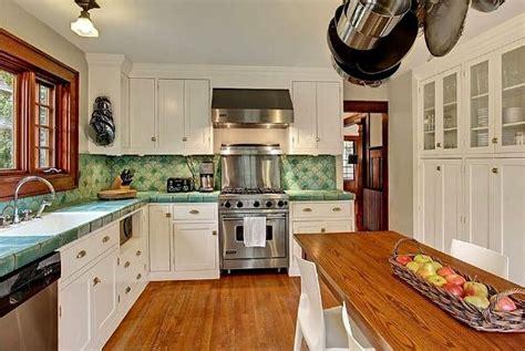 what is kitchen design best 25 craftsman kitchen ideas on craftsman 7042