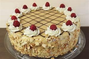 Torte Zum 50 Geburtstag Selber Machen : torte selber machen mit marzipan geburtstagstorte ~ Frokenaadalensverden.com Haus und Dekorationen