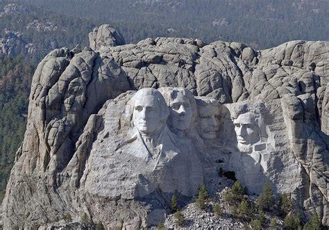 Aerial view of Mount Rushmore, Black Hills of South Dakota ...