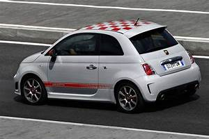 Fiat Voiture : photos de voitures fiat 500 abarth photo ~ Gottalentnigeria.com Avis de Voitures