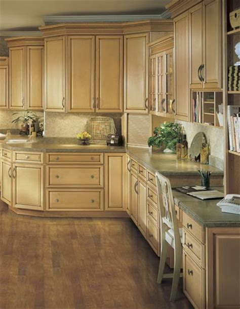 traditional style kitchen cabinets cabinets for kitchen traditional kitchen cabinets 6340