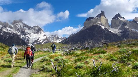 patagonia hiking fitz roy torres paine national park adventures