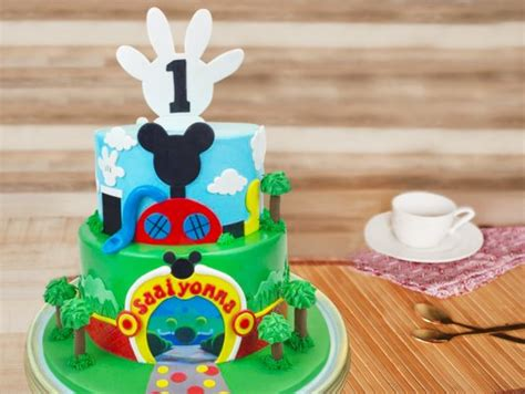 tier mickey mouse fondant cake mickey mouse madness