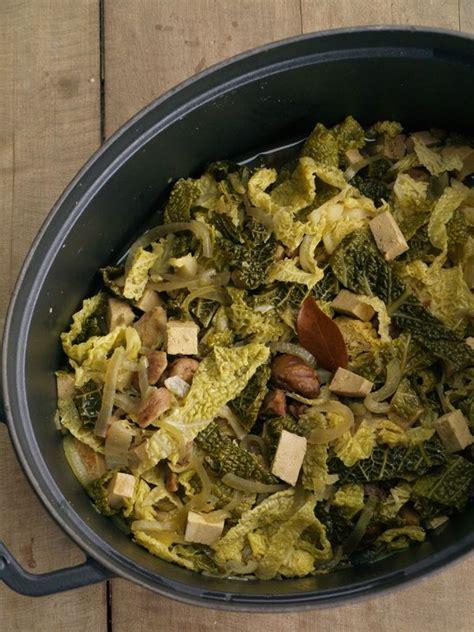 pote de choux vert pot 233 e de chou vert 224 la ch 226 taigne et au tofu sainbiosis