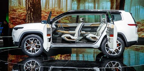 Jeep Car :  Three-row Concept Suv Unveiled In Shanghai