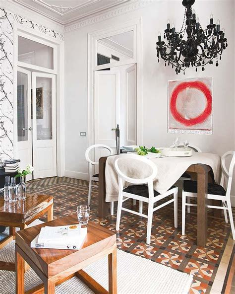 Stylish Vintage Interior Design with White Wall and