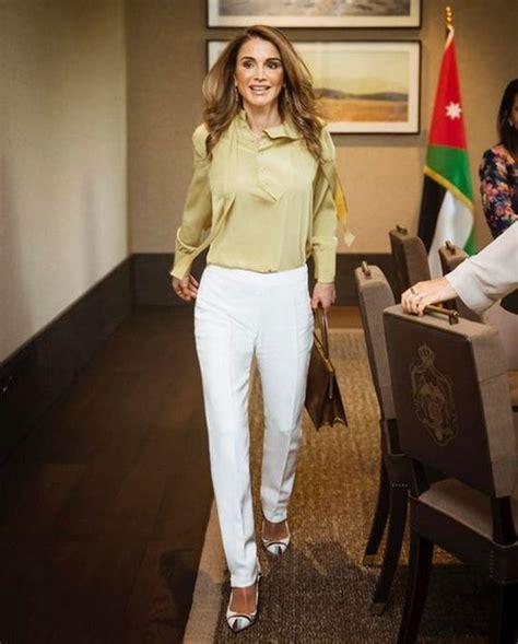 rania queen abdullah al jordan royal amman meet met barnorama team attends wife